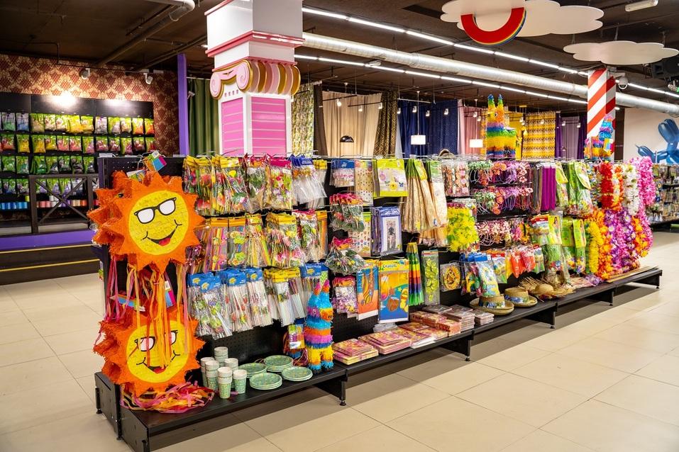 «Магазин окупается за 4 года. А с понтами — лет за семь» — Сергей Спиридонов, «Япраздник» 2