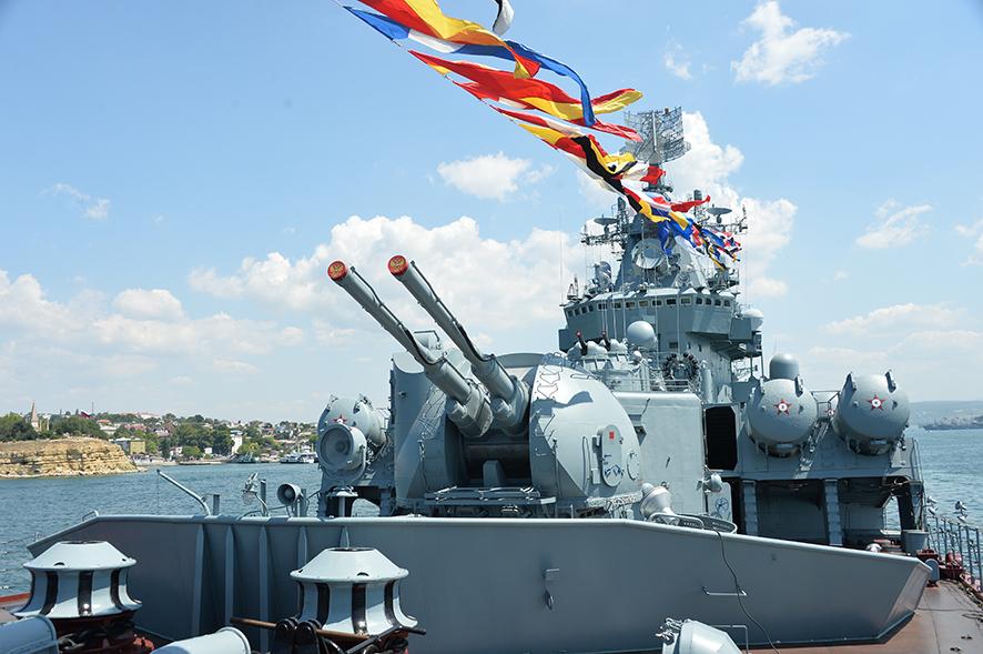 Делегация АПЗ приняла участие в праздновании Дня военно-морского флота в Севастополе 2