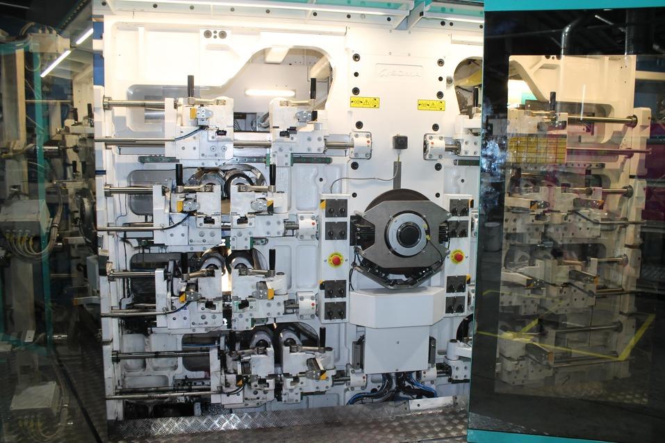 Новая производственная линия позволила предприятию «Нео-Пак» выйти в новые сегменты рынка 8