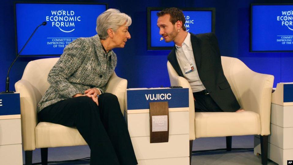 Ник Вуйчич на Всемирном экономическом форуме в Давосе.
