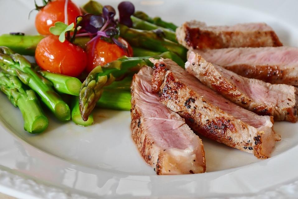 Меньше инфарктов, больше инсультов. Как вегетарианская диета влияет на здоровье 1