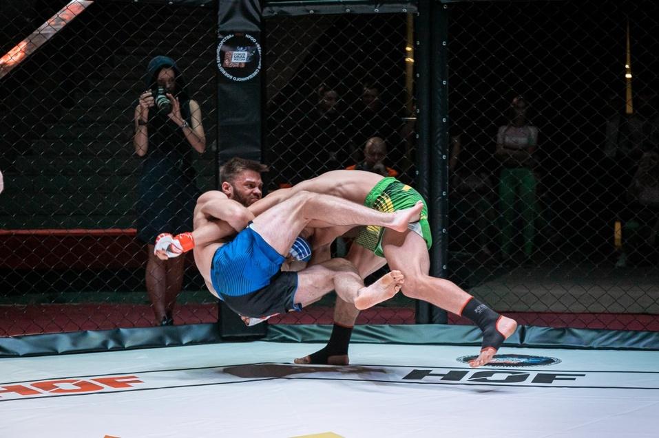 8 сентября прошел очередной турнир по ММА «Hall of Fame» в Новосибирске 7