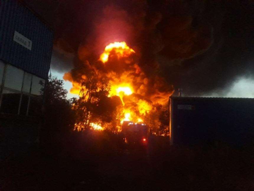 Названа предположительная причина крупного пожара на складе ГСМ под Нижним Новгородом  1