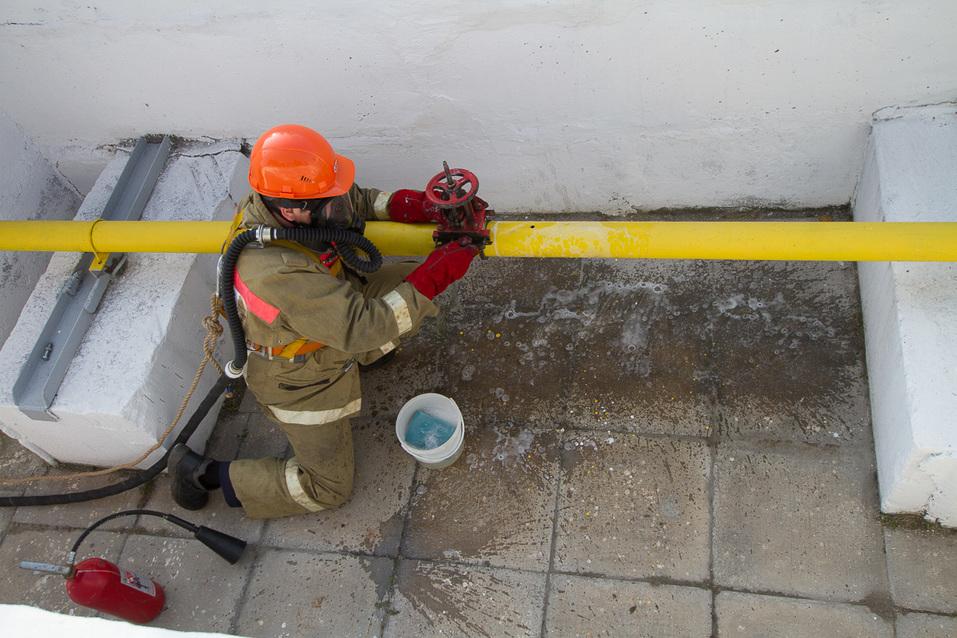 Установка бандажа на газопроводе