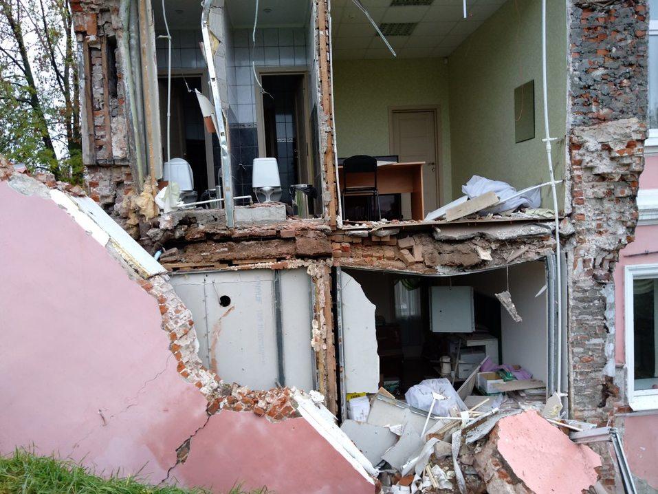 В центре Нижнего Новгорода рухнула стена дома 1