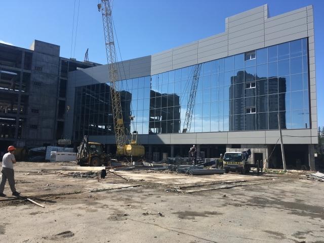 В Челябинске пообещали запустить кинотеатр и концертный зал в здании конгресс-холла 1