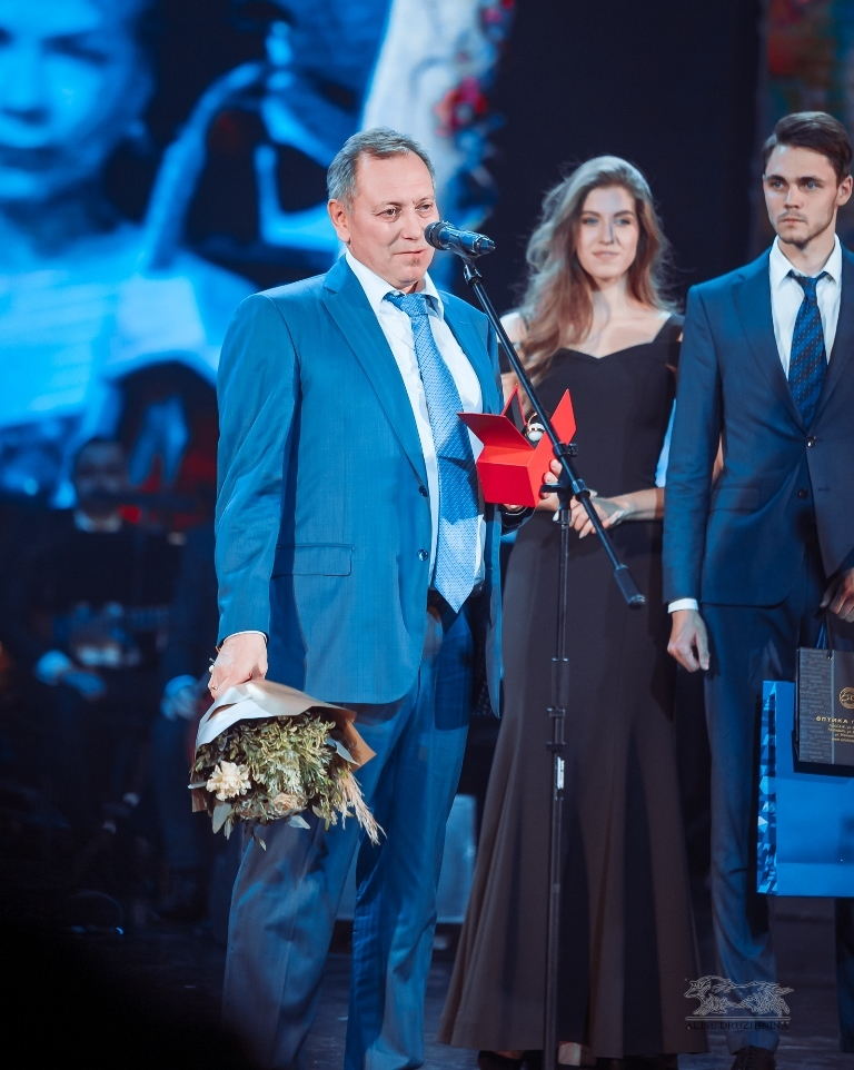 Вперед в будущее. Как в Екатеринбурге вручали премию «Человек года — 2019» / РЕПОРТАЖ 12