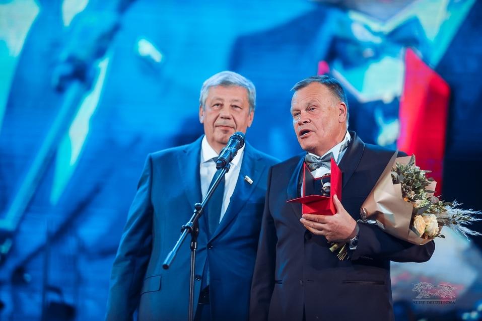 Вперед в будущее. Как в Екатеринбурге вручали премию «Человек года — 2019» / РЕПОРТАЖ 24