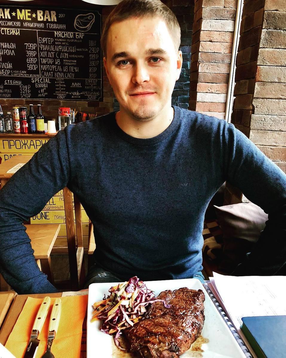 Что произошло с модным мясным баром «Steak Me Truck»? 1