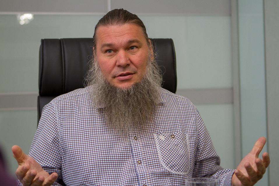 «В российском бизнесе все просто». Евгений Шароварин: об уходе в найм, космосе и свободе 1