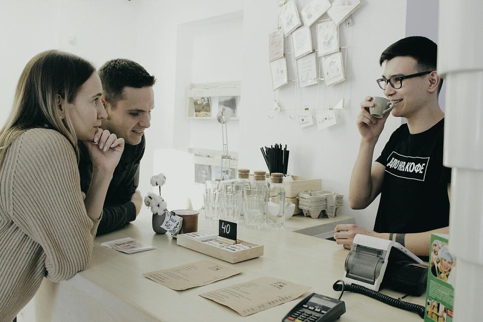 «Зря все едут в столицу»: в Челябинске заработала кофейня для фрилансеров и инстаграмщиц 3