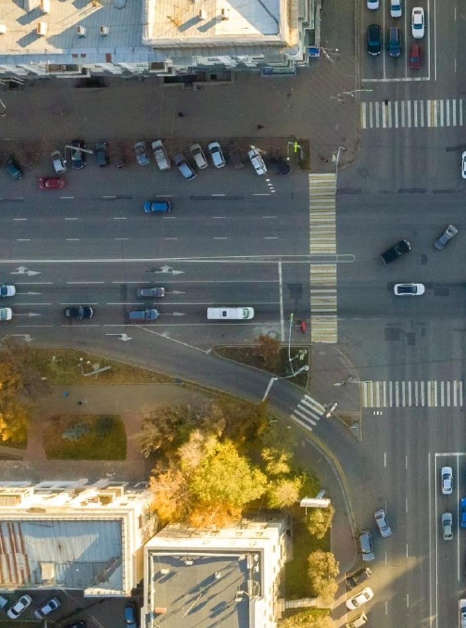 На проспекте Ленина в центре Челябинска планируют убрать правый поворот и построить сквер 1