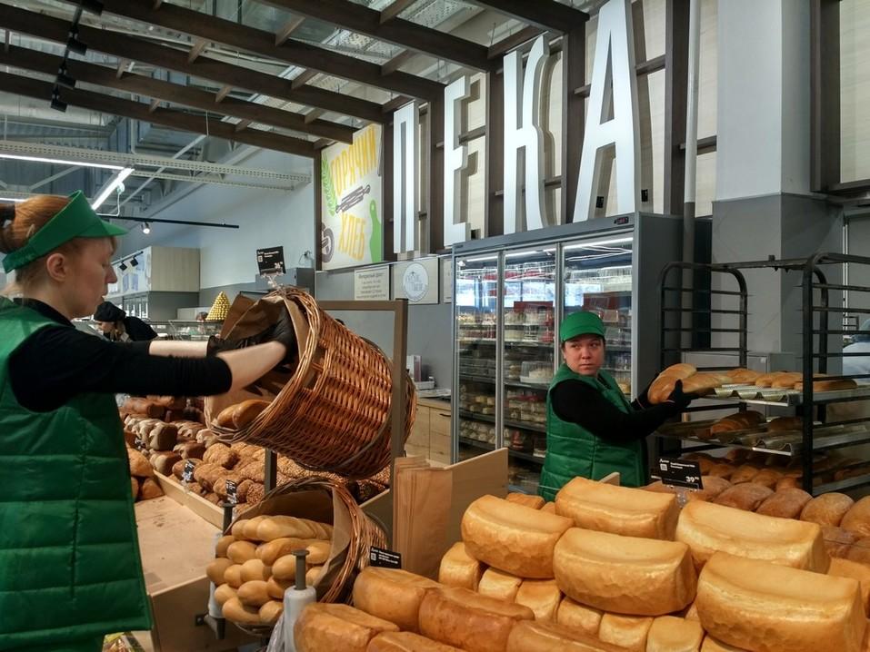 Гипермаркет «Аллея» в Солнечном начал работать по новой концепции 2