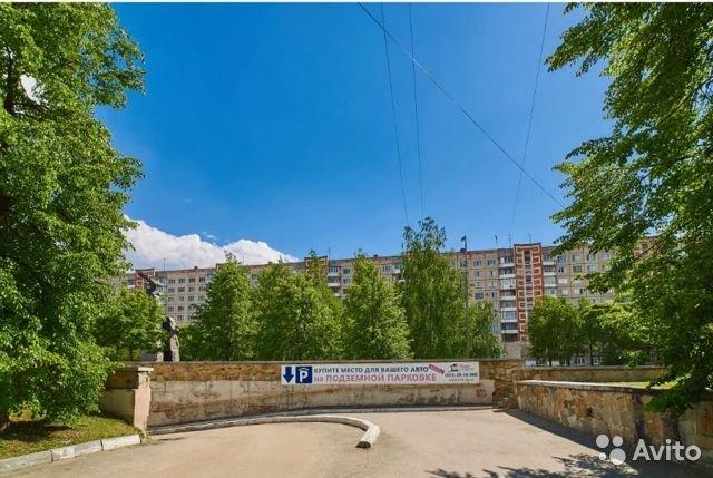 В центре Челябинска выставлена на продажу крупная подземная парковка 1