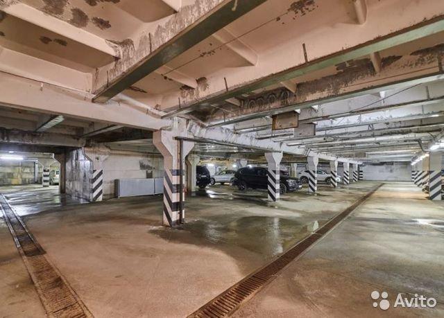 В центре Челябинска выставлена на продажу крупная подземная парковка 2