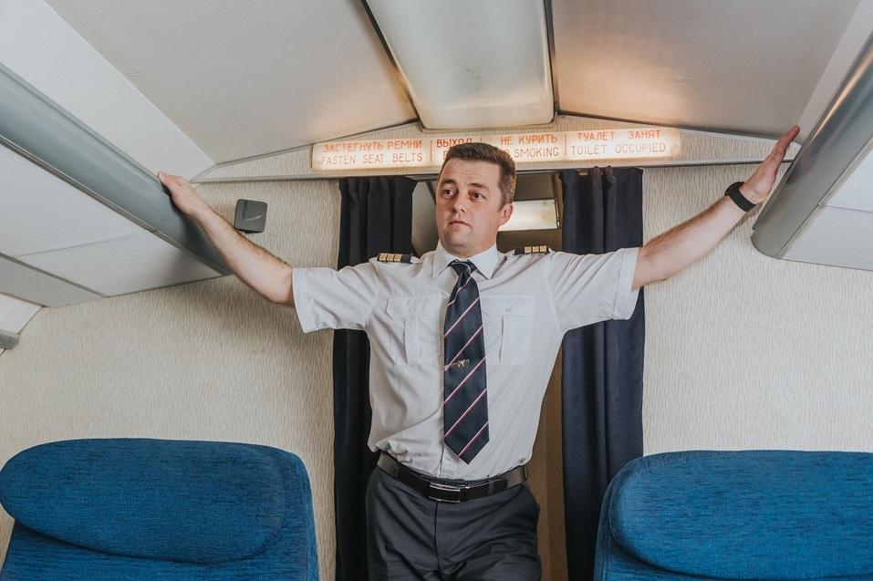 Как удивить бизнес-партнера и подарить новый уровень эмоций? Вам – за штурвал самолета! 1