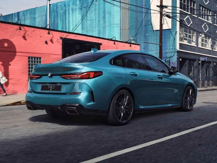 Автодилеры BMW в Екатеринбурге держат цены на докризисном уровне 3