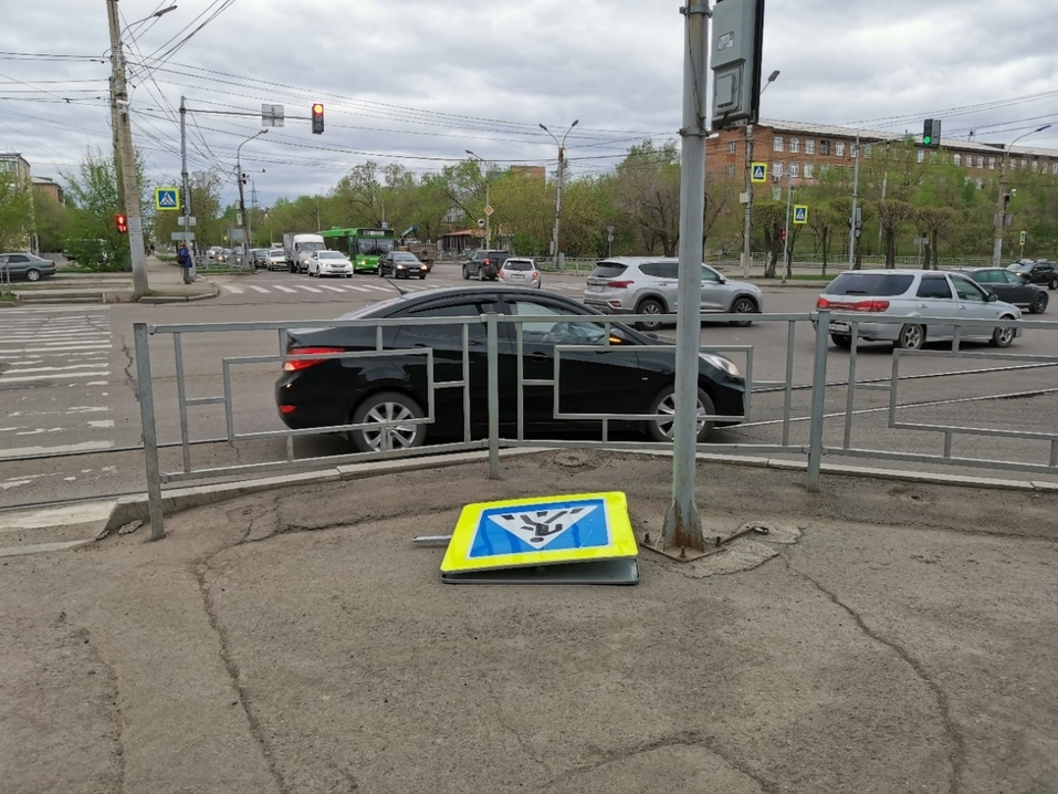 Красноярск устраняет последствия урагана   2