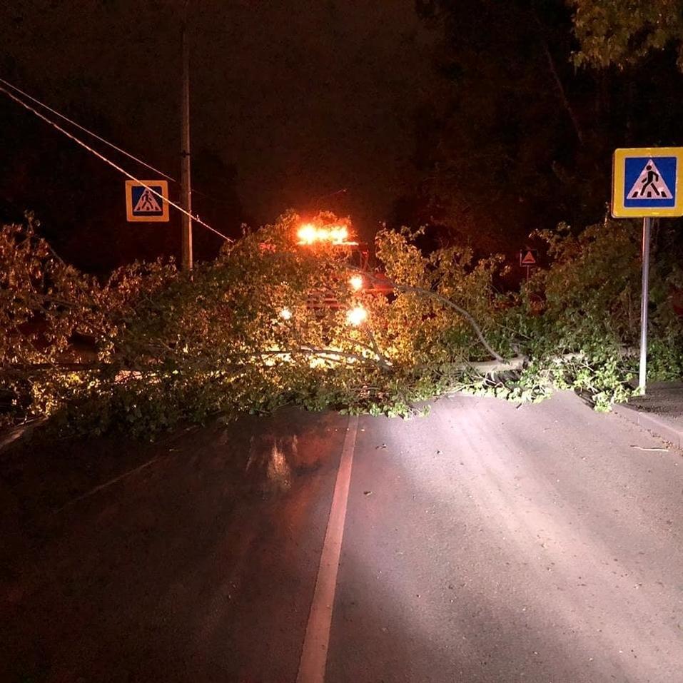 Красноярск устраняет последствия урагана   6