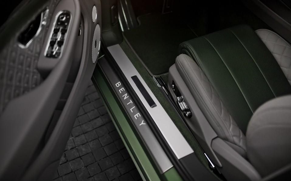 В Красноярск прибыл новый Continental GT V8 3