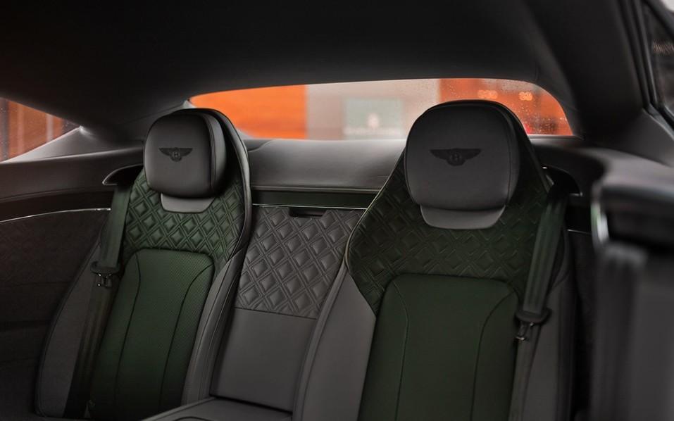 В Красноярск прибыл новый Continental GT V8 4