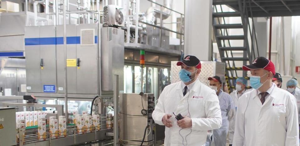 Coca-Cola в России вложила миллиард рублей в увеличение мощности новосибирского завода  1