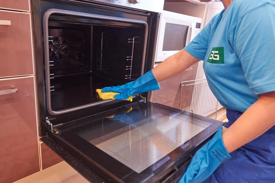 Уборка по всем правилам. Как безопасно и эффективно поддерживать чистоту в доме? 3