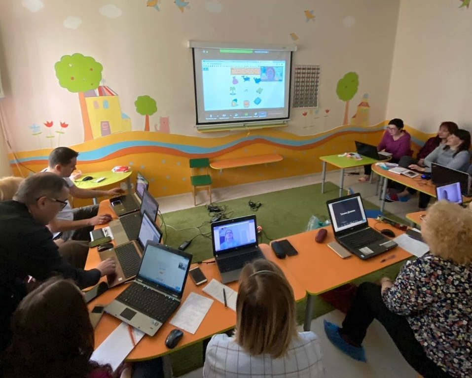 обучение педагогов в центре Яркие Дети