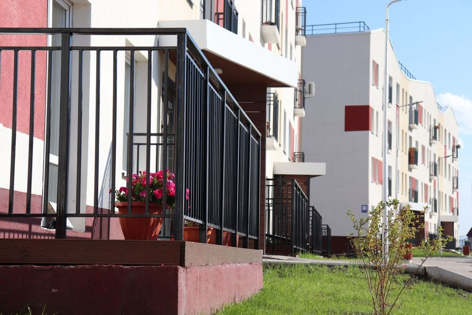 ГК «Монолитхолдинг» возобновляет экскурсии в жилой комплекс «Живём» 1