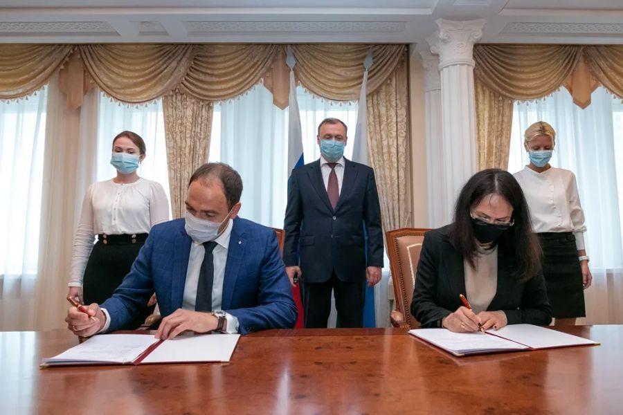 Застройщик вложит 150 млн руб. в реставрацию усадьбы в центре Екатеринбурга 1
