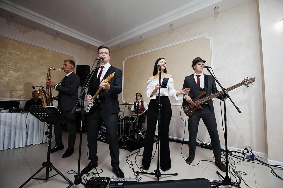 Живая музыка и топовые ведущие: только для гостей Business Residence    3