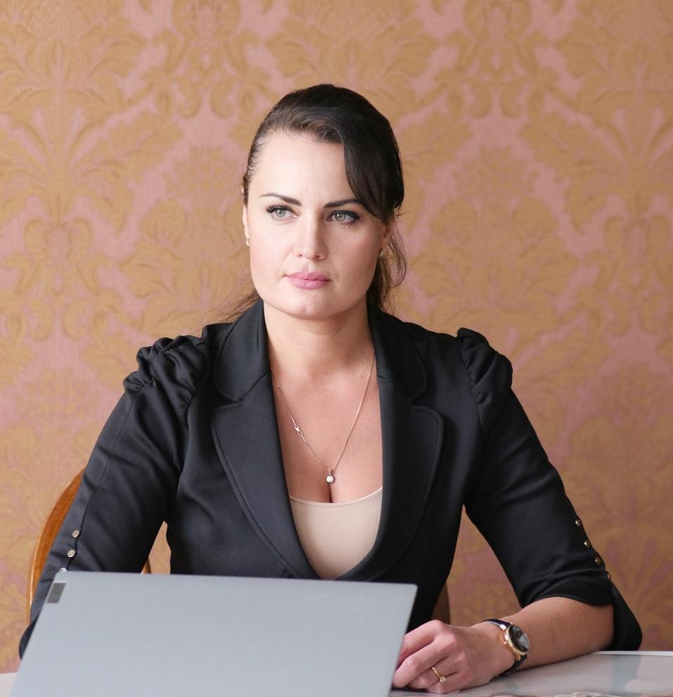 Как совместить семью и работу? Истории трех женщин в бизнесе, открывших этот секрет 1
