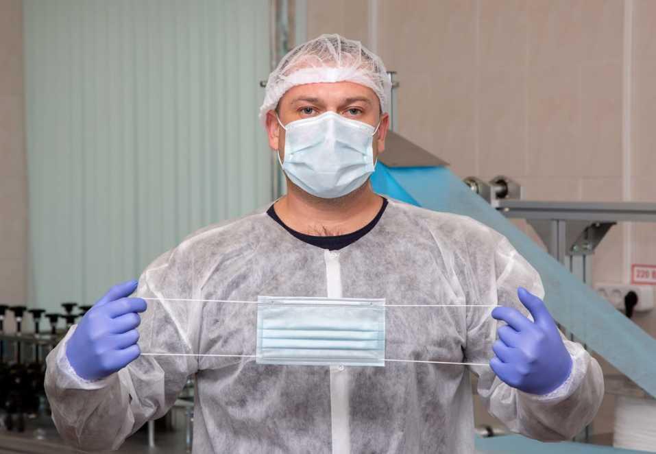 Новосибирские маски встают на пути инфекции 3