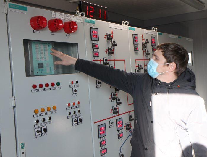 Заработать на солнце. Как устроена одна из крупнейших солнечных электростанций России  7