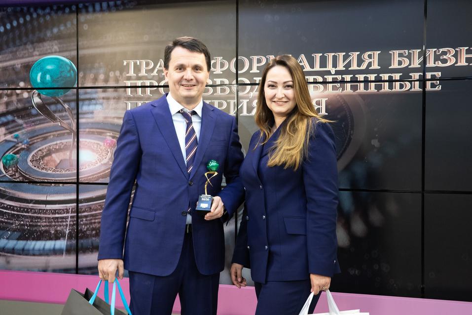 Юрий Окунев и Татьяна Парвадова