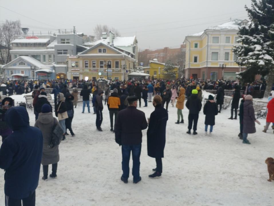 Около 2 тыс. человек вышли на акцию в поддержку Алексея Навального в Нижнем Новгороде 1
