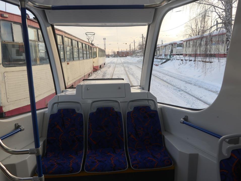 Власти похвалили трамвай УКВЗ, который обкатывают в Челябинске, но покупать его не спешат 2