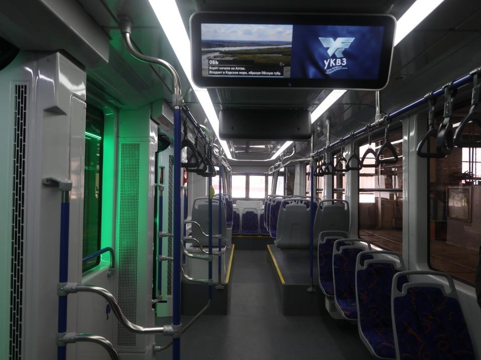 Власти похвалили трамвай УКВЗ, который обкатывают в Челябинске, но покупать его не спешат 3