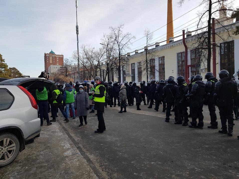 Прогулка с препятствиями: вторая волна несанкционированных митингов в Челябинске. ВИДЕО 3