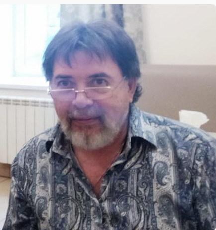 В Екатеринбурге предприниматель умер за рулем авто от сердечного приступа 1
