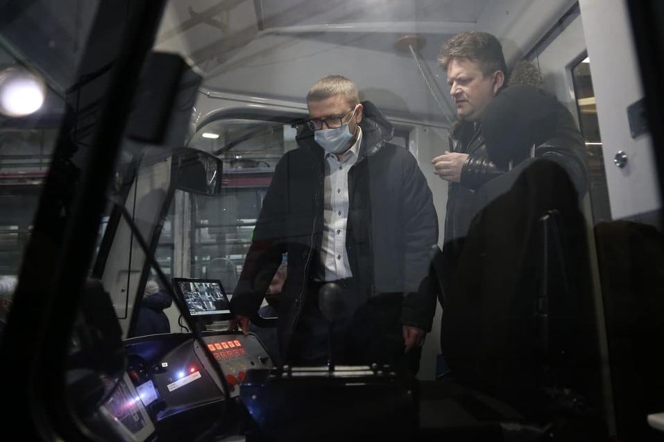 Челябинску пообещали «трамвайную реновацию» — закупку сотен новых вагонов в ближайшие годы 1