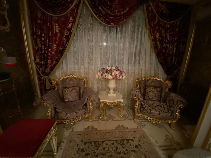 В Нижнем Новгороде выставлена на продажу квартира с «королевским интерьером» за 40 млн 4