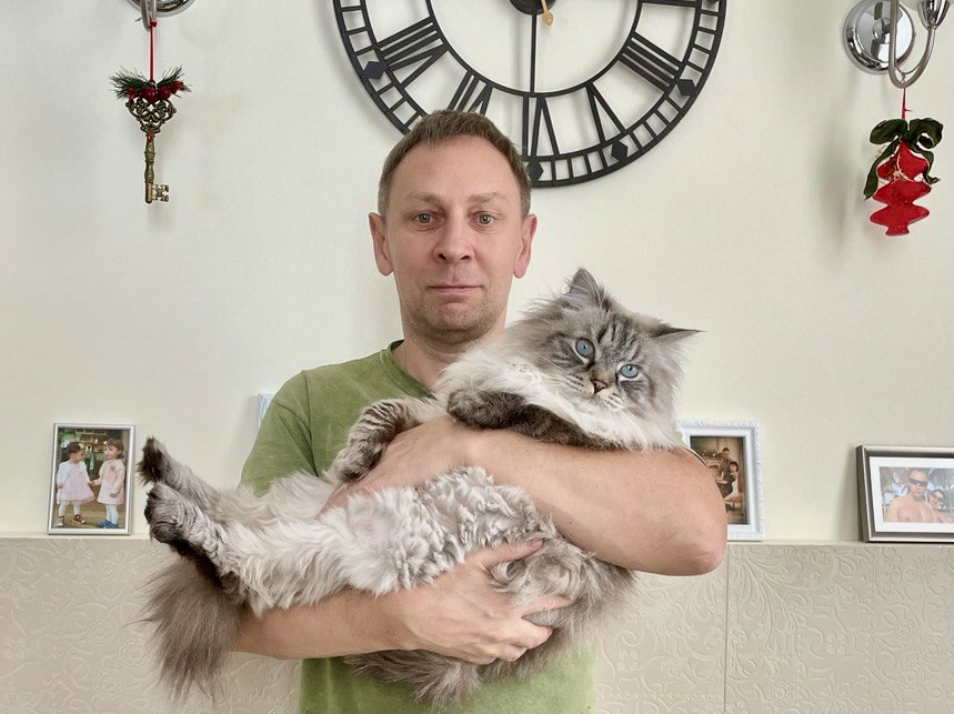 «Терпят нас за вкусняшки»: котики, которые стоят за екатеринбургскими бизнесменами 5