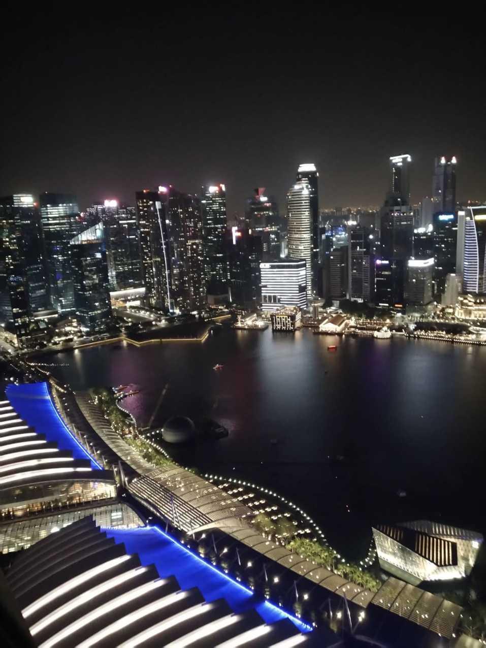 Заоблачные цены, культ еды и тотальный контроль. Как россияне живут в Сингапуре? ОПЫТ 2