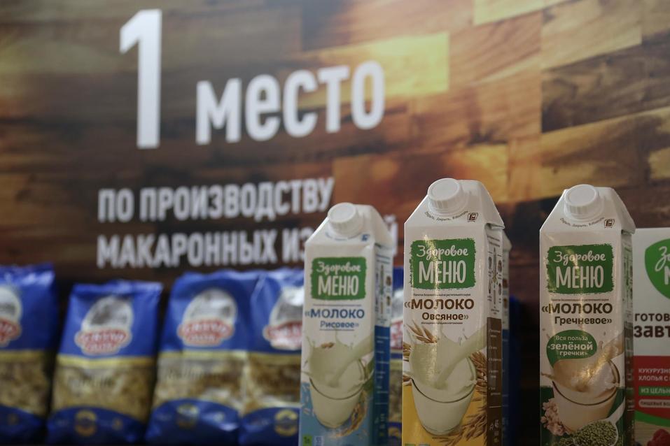 Танки, золото, робот Федор: что привезли на выставку Челябинской области в Совет Федерации 2