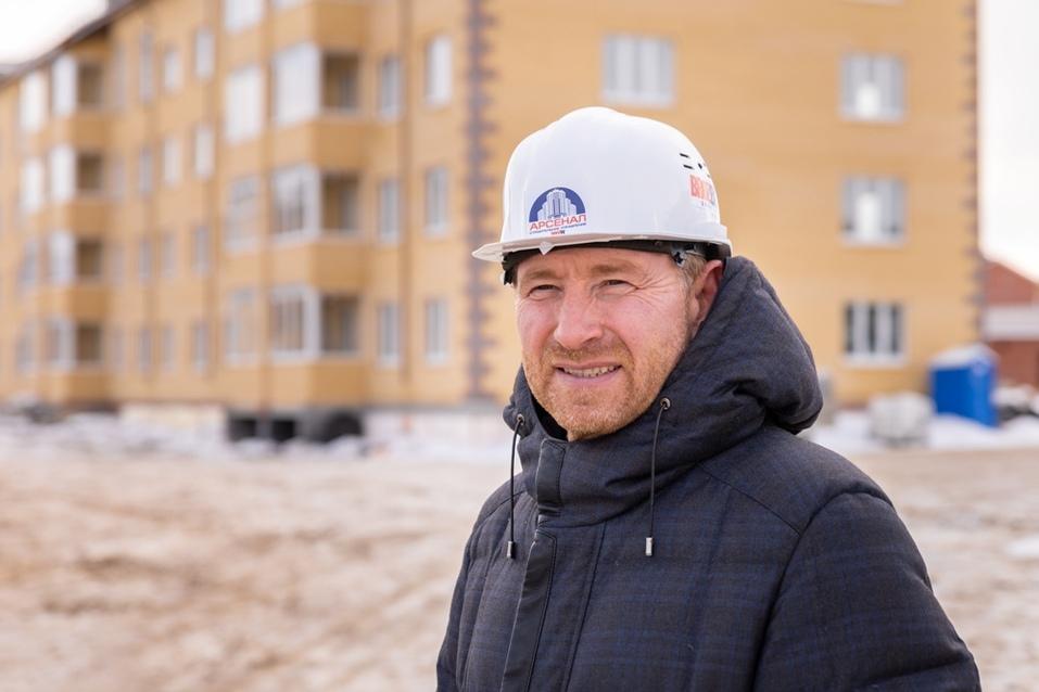Вячеслав Брозовский: Испачкать руки три раза в день, построить «одноэтажную Россию»  7