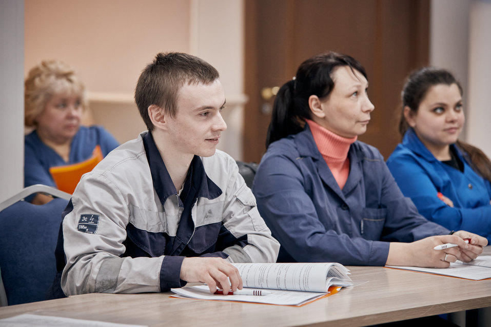 Никаких конфликтов. Слесари «Екатеринбурггаза» прошли обучение по клиентоориентированности 10