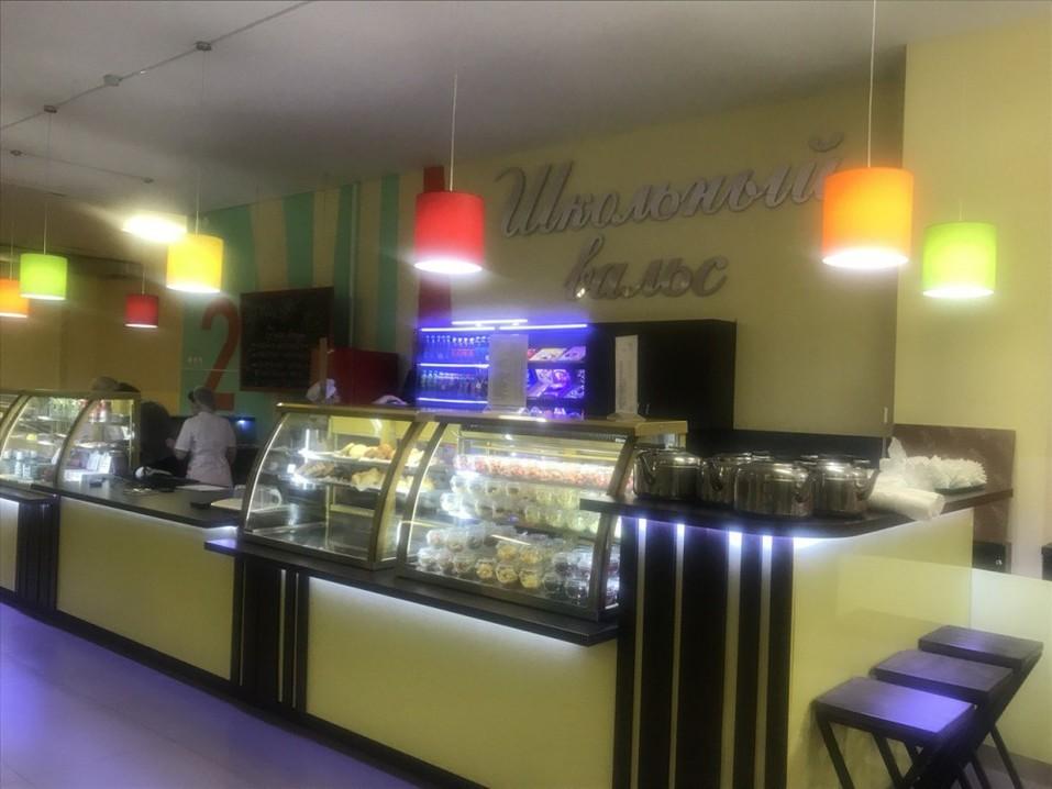 Бесплатный wi-fi и свежие булочки: в Челябинске открылось первое кафе для школьников 1
