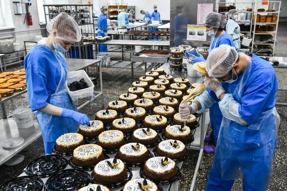 «Мы, как Ferrari, на рынке тортов». Уроки кризиса от фабрики «9 Островов». ФОТОРЕПОРТАЖ 4