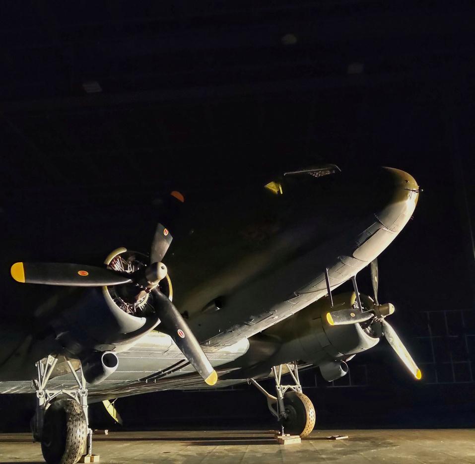 Один из крупнейших музеев авиации РФ открыла УГМК. Экспозиция заняла 9000 кв.м. 2